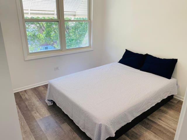 Bridgeport Prime Location 5min from downtown R1