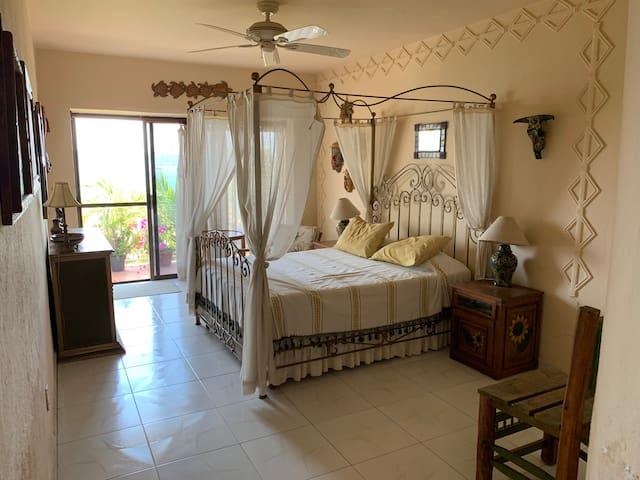 Habitación con Alberca en Fracc Exclusivo la Punta