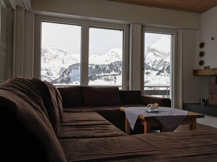 Wohnzimmer mit Säntisblick
