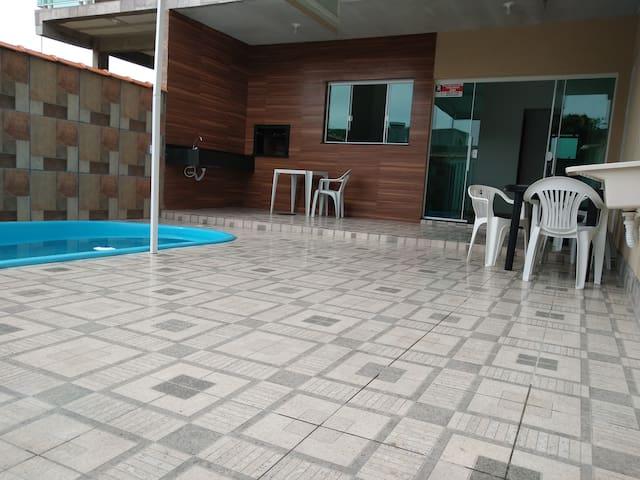 casa com piscina em shangrilá