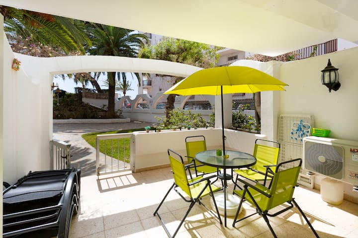 Nice apartment directly to Santa Ponsa's beach.