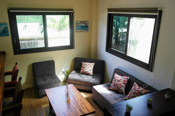 Espacioso hogar + A/C en un barrio tranquilo