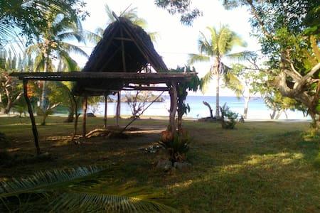 Maison entier devant la la plage de Mebuet - Mebuet - Casa