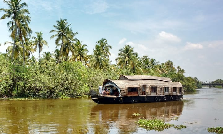 Backwater Routes Houseboats