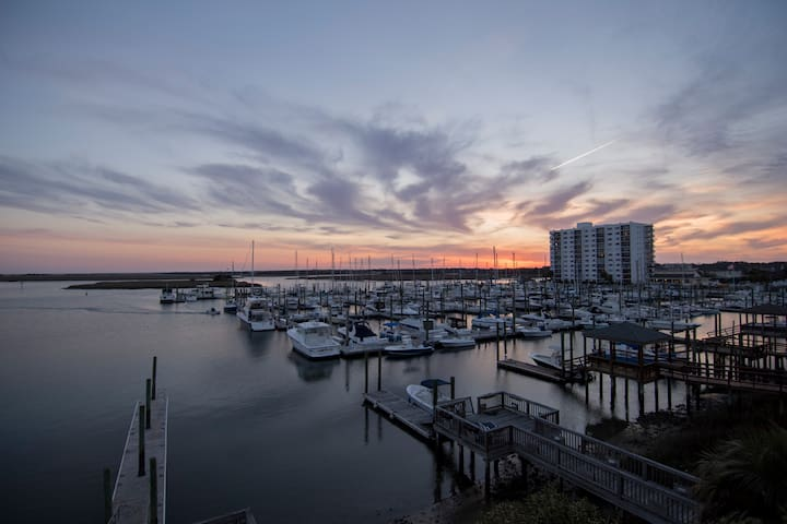 Master Suite w/ private deck on the Intercoastal!! - Wrightsville Beach