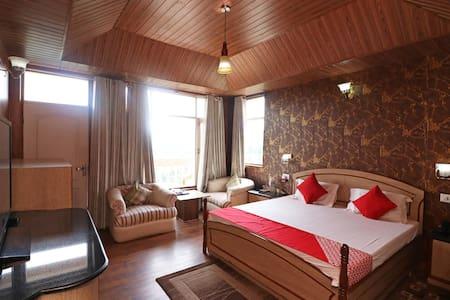 OYO - Premium Homestay Shoghi, Shimla(Trending Now)