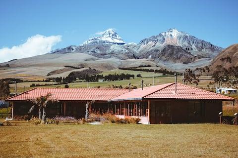 Hermosa Hacienda en las faldas de los Ilinizas