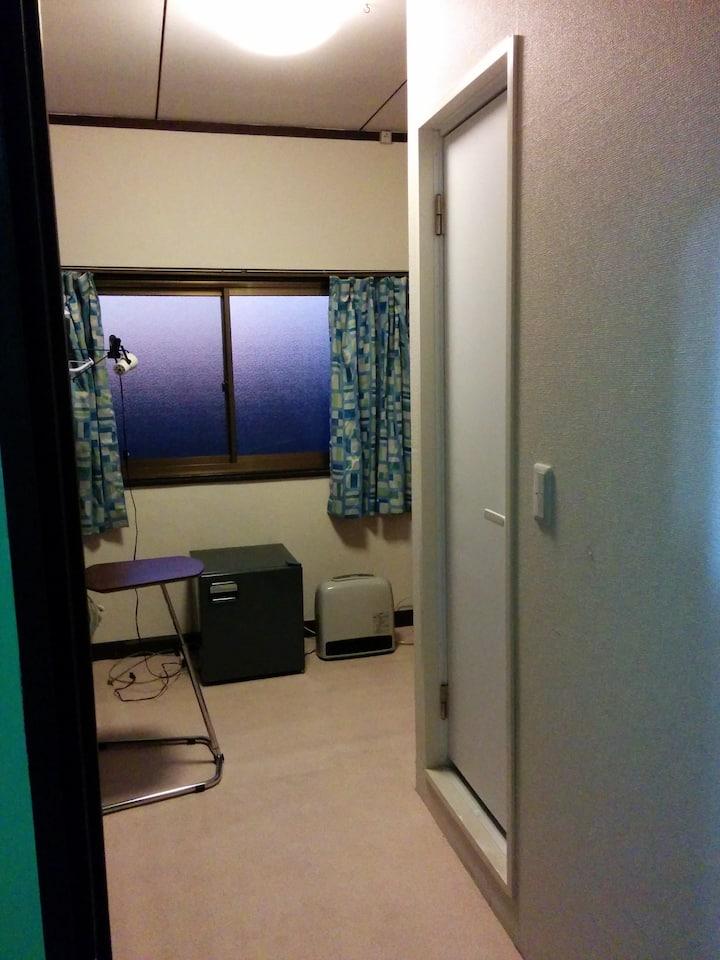 #TAKAHATAHUDO ROOM WITH BATH TOILET 高幡不動プライベート2人部屋