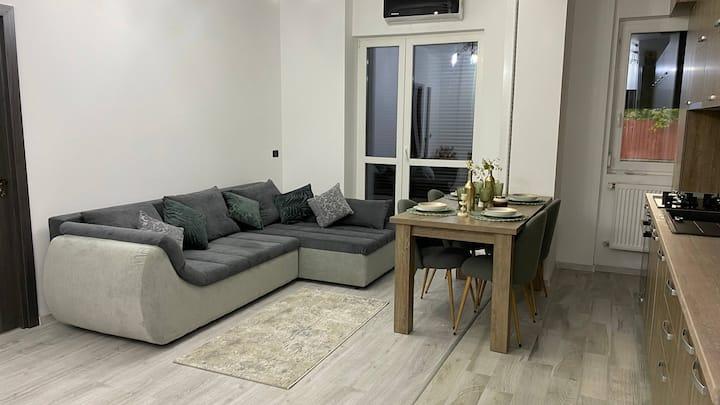 Apartament nou in cartier rezidential central