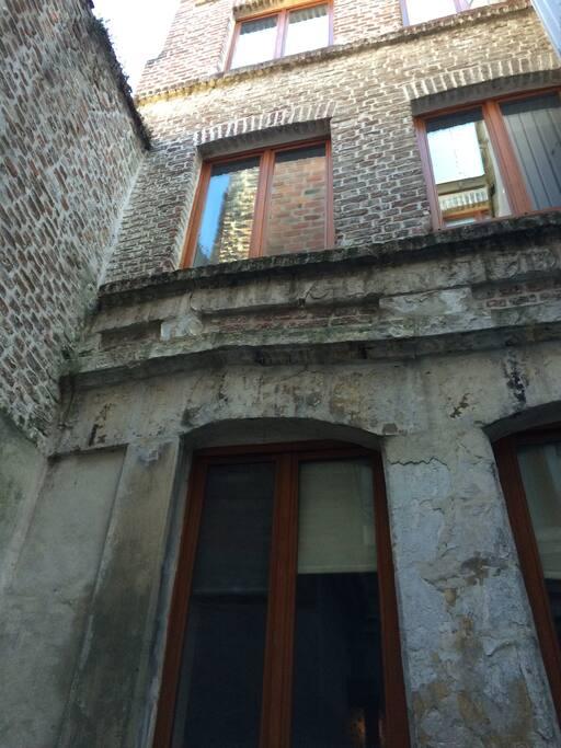 Vieil immeuble typique du vieux Lille