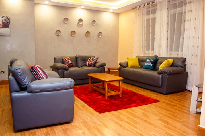 Penthouse at Gardenia Court- Serviced Apartment