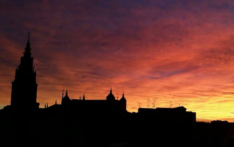 Piso con impresionantes vistas - Toledo