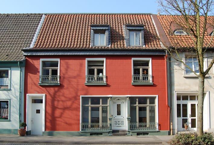 Schlafkammer Orsoy am Rheinradweg - Rheinberg - Rumah Tamu