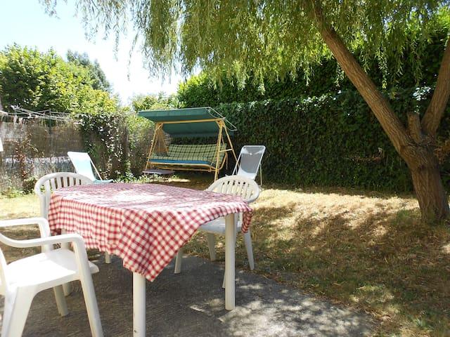 maison 4 chambres, 6 personnes, à 6kms de bordeaux - Bordeaux - Dom