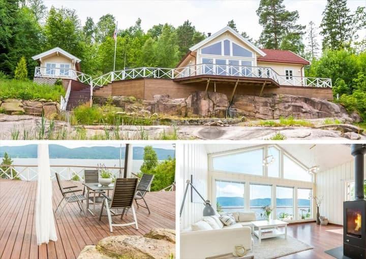 Beautiful seafront cabin