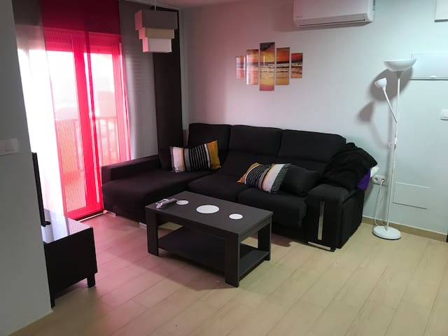 Wifi. Apartamento Moderno en La Manga. Playa