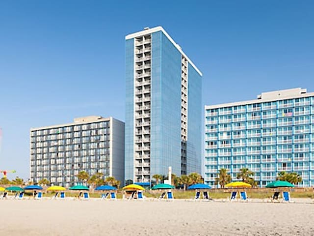 1BR Unit BeachResort by Broadway @ the Beach, Pier