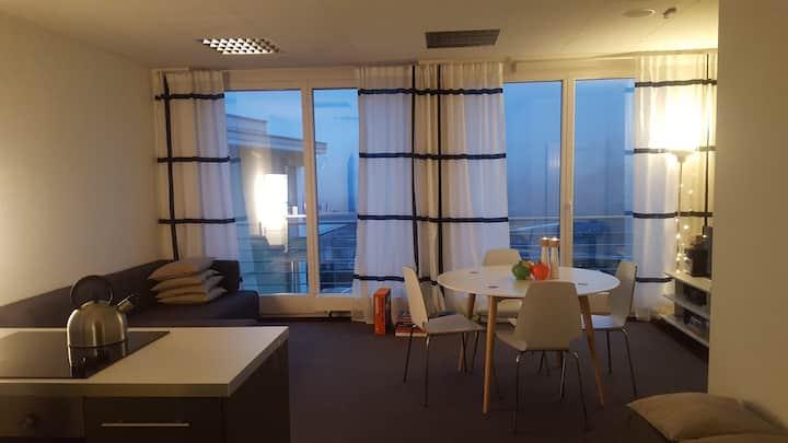 """Zentrale Loft-Wohnung mit """"Million-Dollar-View"""""""