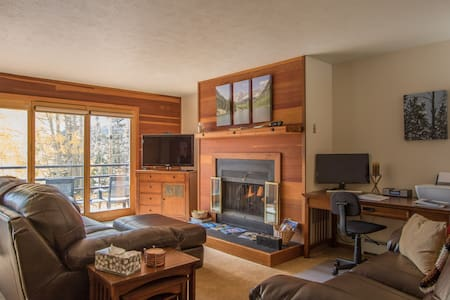Black Dog Mountain Getaway - Silverthorne