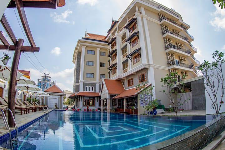 Kampong Thom Palace