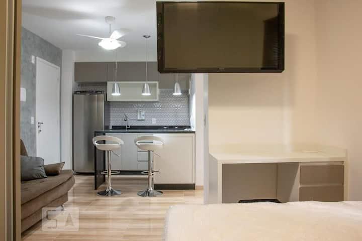 Apartamento novo,Liberdade, Brás, metrô,Centro-SP