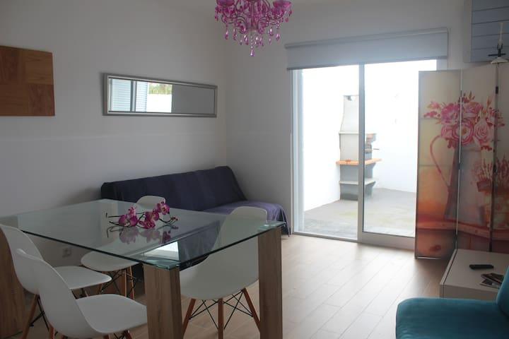 Casa da Praceta - Ponta Delgada - House
