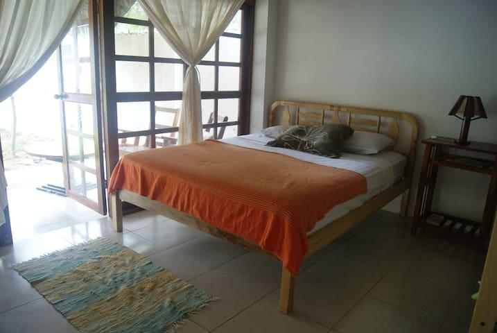 Hotel Sumpa, Cama Matrimonial, 2PersonaConAc - Montanita - Wohnung