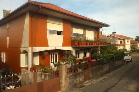 Villa spacieuse de style portugais - Barroselas - Rumah