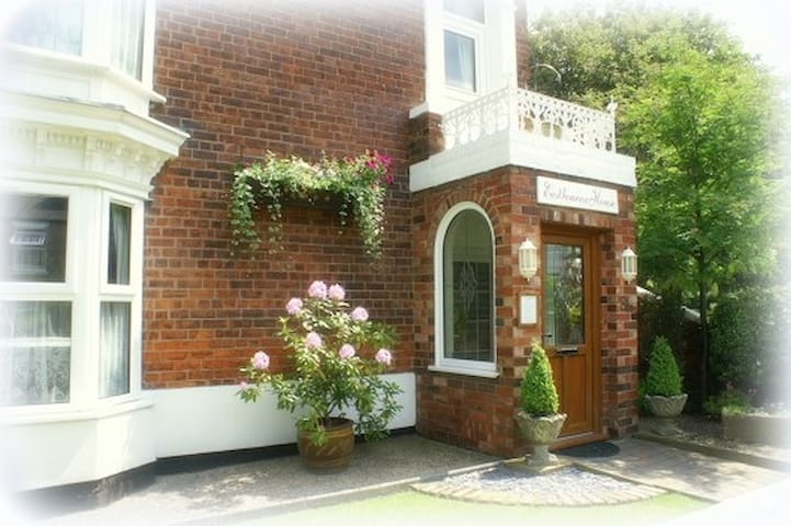 Eastbourne House, Bed and Breakfast - Gainsborough