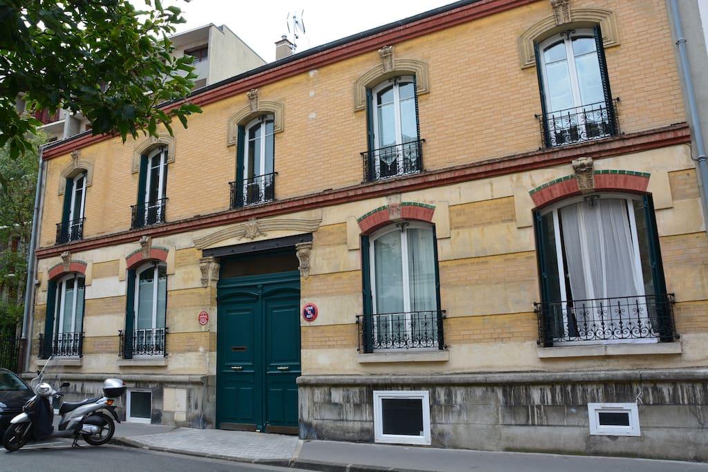 Appartement villa regina appartements louer for Appartement atypique a louer ile de france