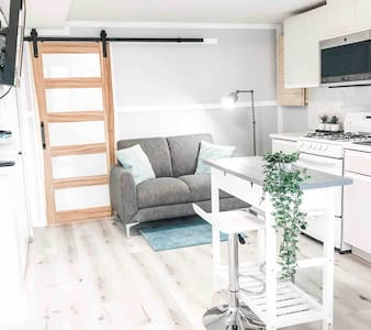 Sparkling Modern Kitchenette Suite Close to Nature