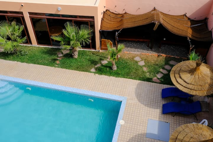 Double Room 3 with swimming pool view (DAR IZIKI)