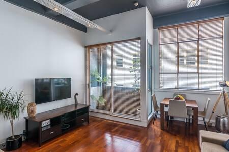 Central-City Loft Apartment - Wellington - Huoneisto