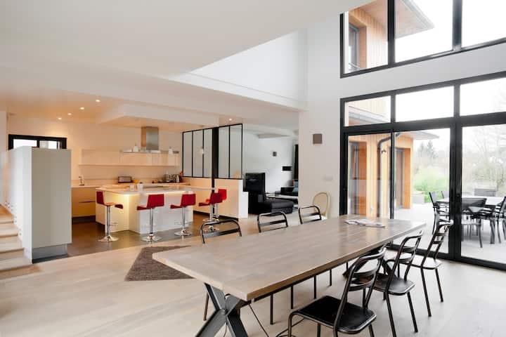 Maison d'architecte avec piscine - 30 mn de Paris