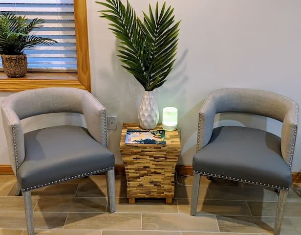 Comfortable Sitting area, read a book, relax, vaporizer with essential oils.