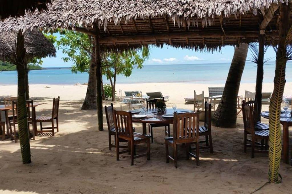 A 5 minutes, la plage d'Andilana, la plus belle de Nosy be