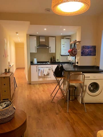 Cute Notting Hill 1-bed plus sofa bed