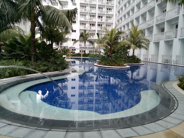 Haven at Shore Residences (MOA Complex)