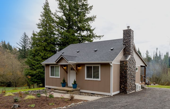 Little Creek Cottage