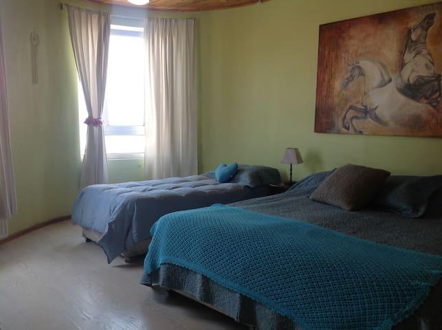Habitación Valparaíso, para 3 con vista y desayuno