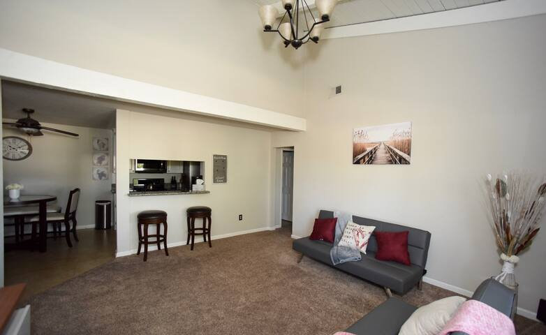 **ROOMY & MODERN 2 BEDROOM CONDO**