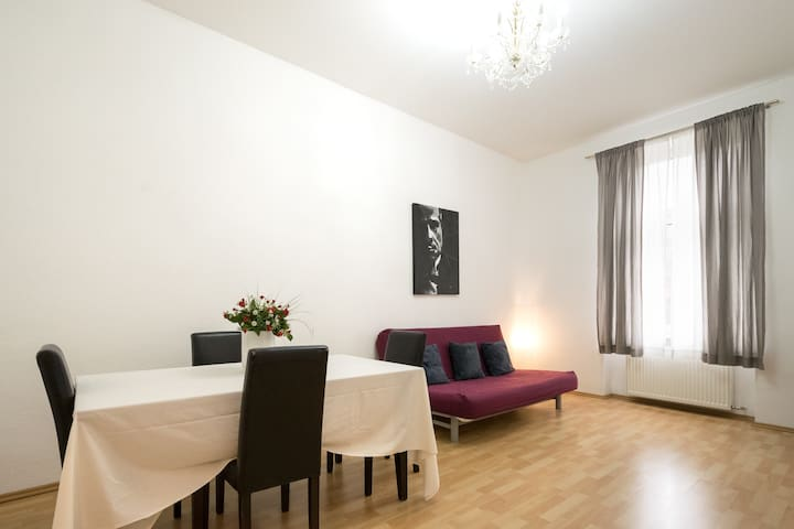 Huge 3-Room App by The Main Station + Main River - Frankfurt - Byt