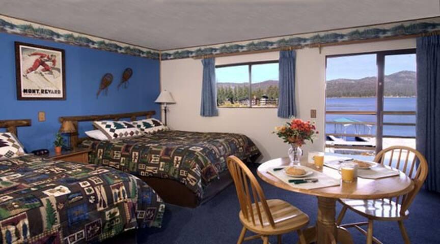 Big Bear Lake Front Lodge