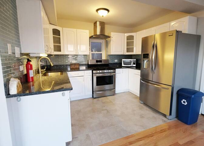 Spacious updated kitchen with all kitchen essentials