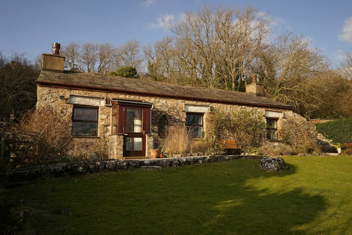 Idyllic seaside rustic cottage, AONB Bird Reserve - Silverdale - Bungalow