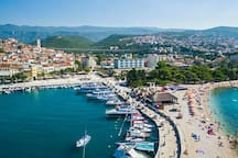 City Crikvenica and nearest beaches are only 5 km away from MANEA house.