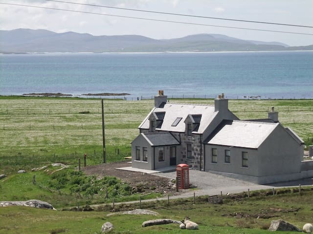 Kilbride Beach Cottage (UK5446)
