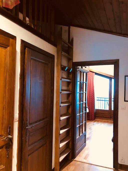 Mezzanine 1