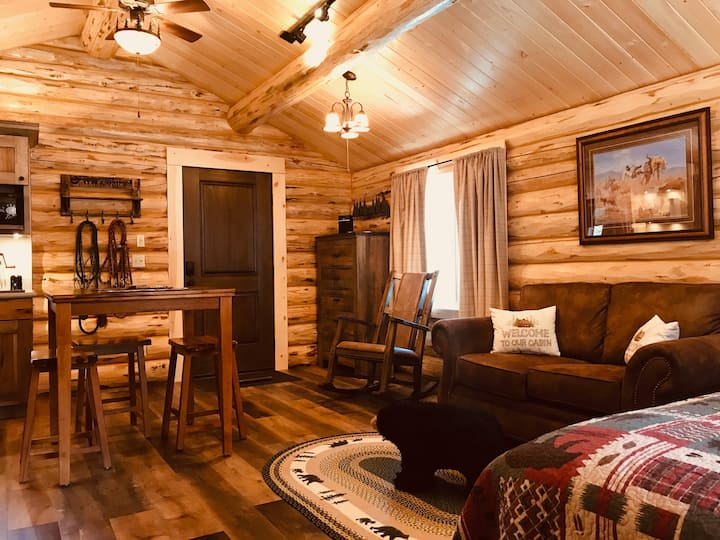 Bear Cabin at Browns Meadow