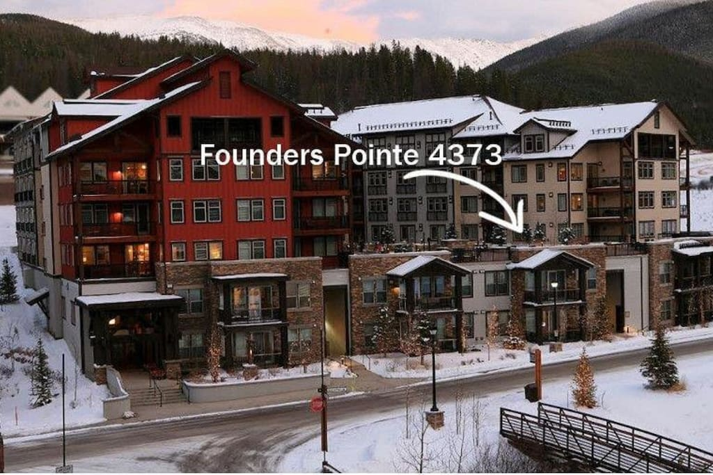 Location of condo, which is located on the amenities deck & a short two minute walk to ski lifts